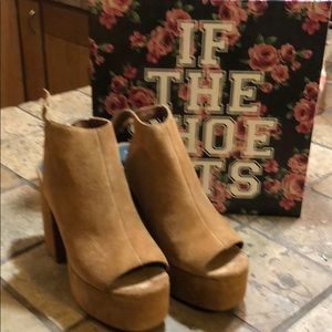 Jeffrey Campbell for Free People platforms